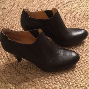Audrey Brooks NWOT Leather Booties, 8